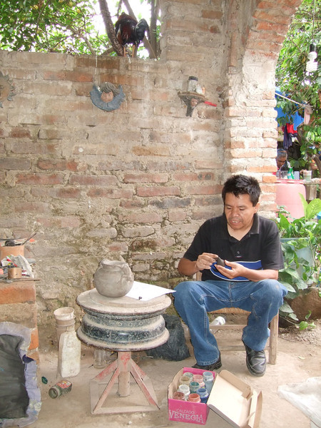 Martin Ibarra of San Juan Evangelista, Jalisco - demonstrating his technique - July 2011