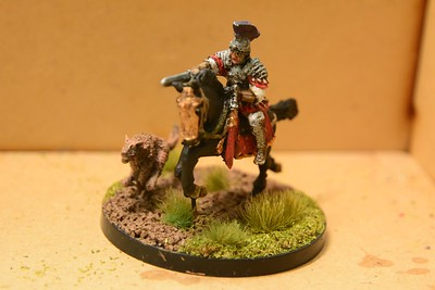 Warlord Games mounted Roman officer and his dog (110-111)
