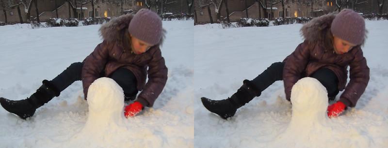 2017-01-15, Olya's snow head in Dubki park