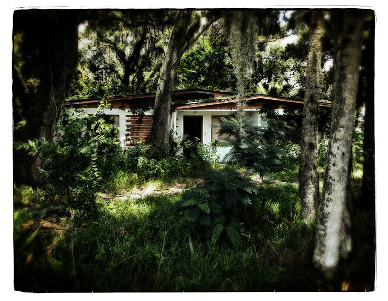 Abandoned home in New Smyrna, August 2012