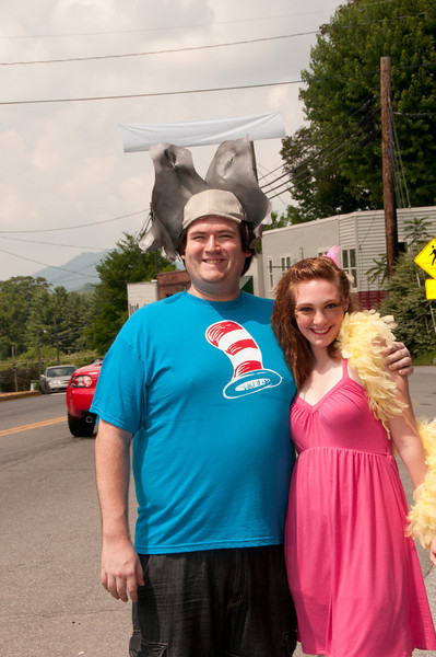 Welcome to Burnsville NC.  Ran into these kids who  were having a Dr. Seus event while we were there....