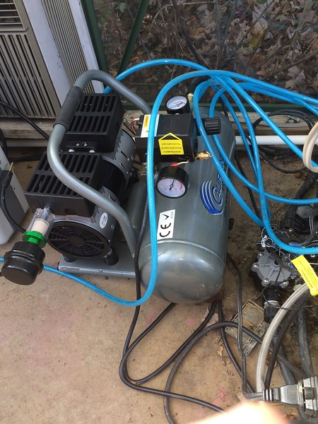 air sprayer and compressor