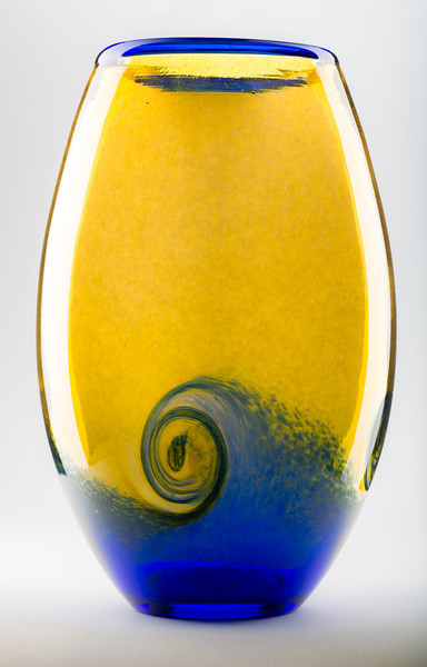 ab_blue_yellow_vase-1