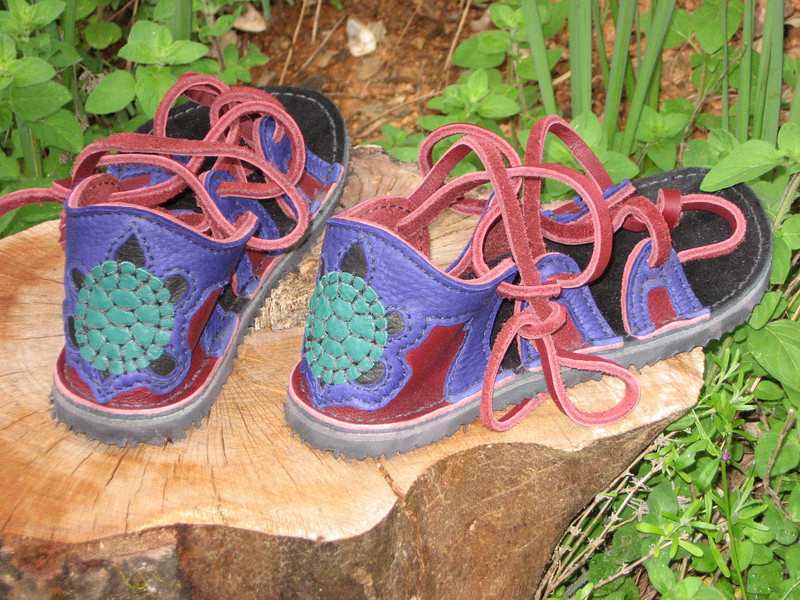 Four Tab Sandals, Redwood with Purple Deerskin Trim, Turtle Cutout/Åpplique on Heel, Spikeless Golf Vibram Soling.