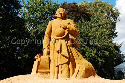 Sandsculpture of Guido Gezelle, a priest and one of the greatest Flemish poets.