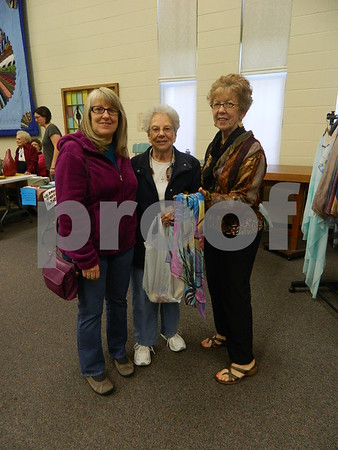 Left to right: Linda Bohn, Rowena Halligan, and Pam Sanders