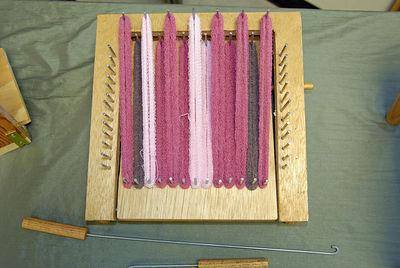 Pot holder loom