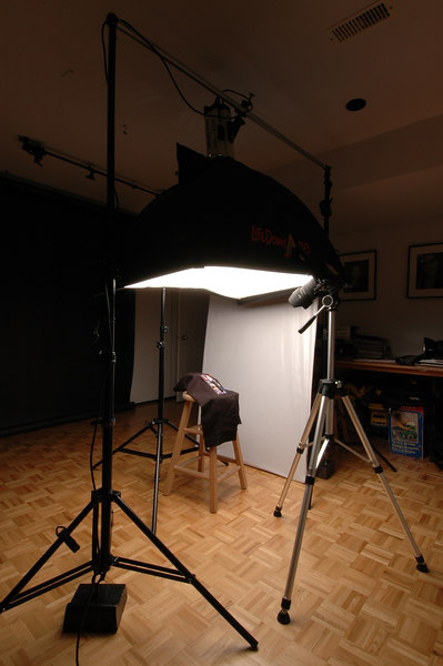 Final setup for the Willie-Waller 2006 promo.   500 Watts with a medium  soft-box 3' x 4'.