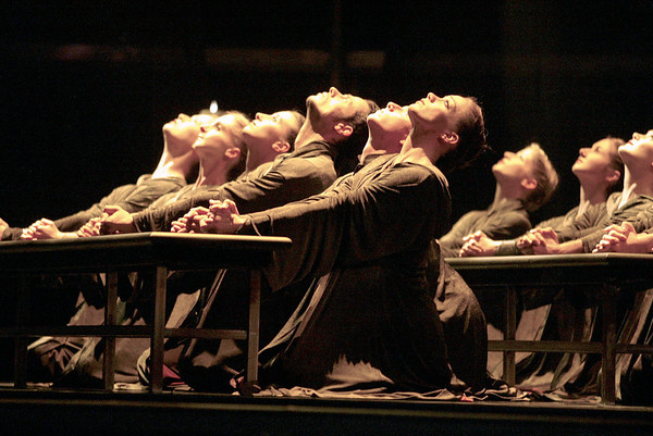 Ottawa-09/04/02-Rehearsal for 'Requiem 9/11' at the National Arts Centre. It is a dance, opera and choral multidisciplinary production to commemorate the events of September 11, 2001. Photo by Patrick Doyle.