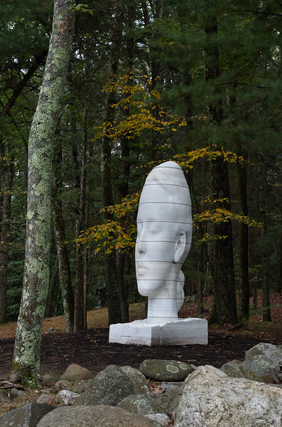 Humming by Jaume Plensa