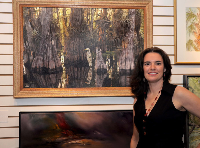 Jacquee Krause  with her Plein Air Competition Winning Painting