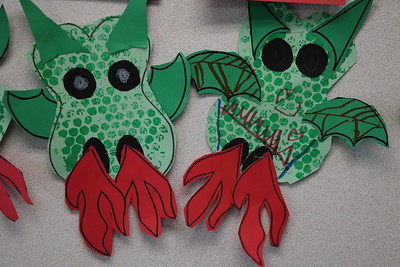 LS K Littlest Dragons Art 9-7-18