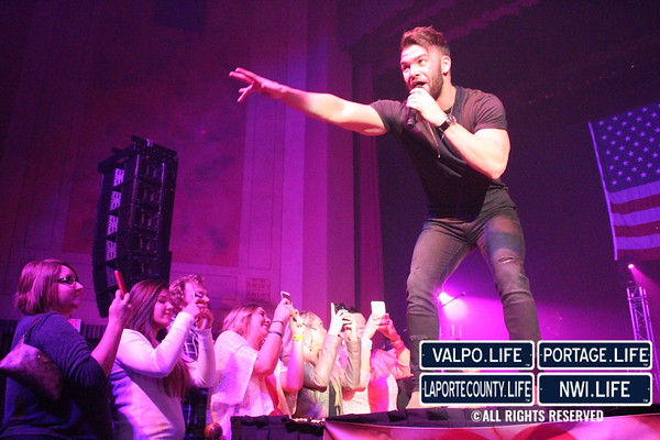 Community Matters Benefit Concert with Dylan Scott