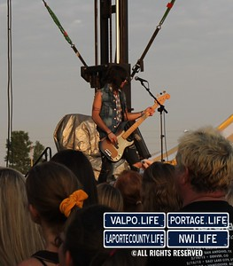 Hot-Chelle-Rae-Porter-County-Fair-2012 (27)