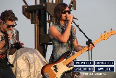 Hot-Chelle-Rae-Porter-County-Fair-2012 (26)