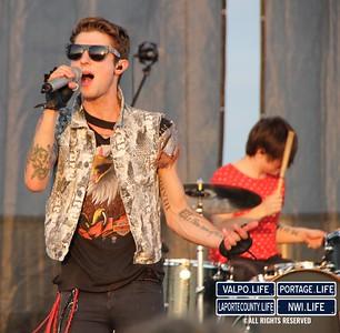 Hot-Chelle-Rae-Porter-County-Fair-2012 (29)