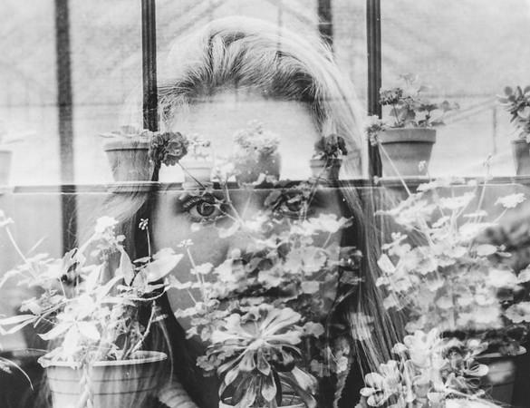 Annika Elwell '18