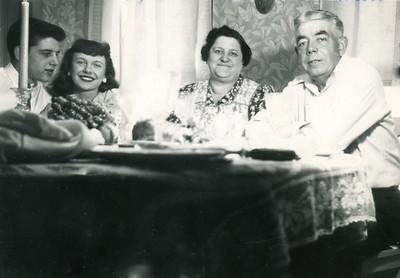 1946: L to R: Art & Dodie, Sylvia, Art Harwig Sr.