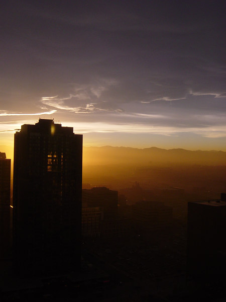 Smoggy Denver sunset of Tuesday, November 21st 2006, taken from the 25th floor of the US Bank Building