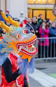 Dragon Head Leading the way
