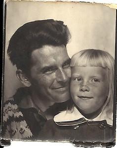 Before  (Bilde fra ca. 1960, ca 3x4cm, scannet inn, retusjert og fargelagt.)