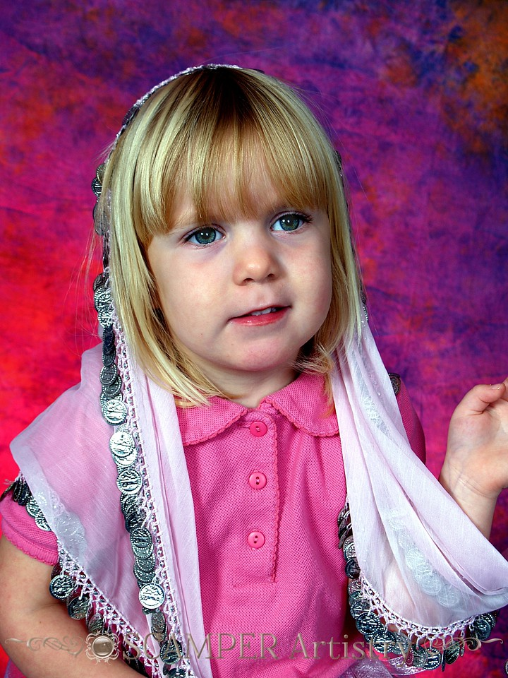 PA135847 - 20091013 - Fiona wearing pink for the cure -