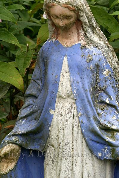 Garden Madonna, Muskegon, MI 1954 http://jadavis.blogspot.com/2009/08/garden-madonna.html