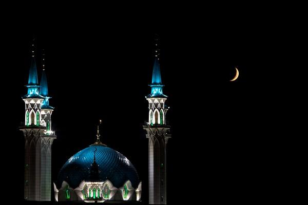 Kul-Sharif mosque at night, UNESCO site in Kazan