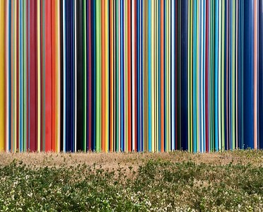 Lines of color (horizontal)