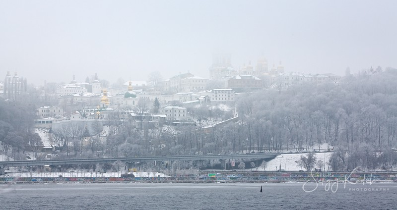 Kyiv-Pecherska Lavra in the mist