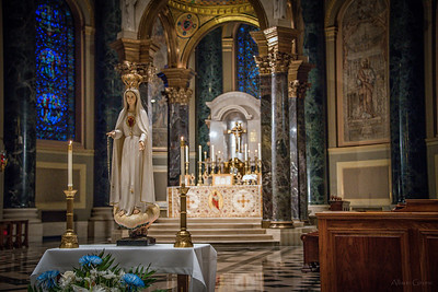 philly ascension latinmass cathedral basilica altar mary statue 3 (1 of 1)