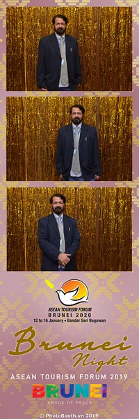Asian-Tourism-Forum-2019-Brunei-Night-instant-print-photobooth-in-Ha-Long-Bay-Quang-Ninh-chup-anh-in-hinh-lay-lien-su-kien-Vinh-Ha-Long-Quang-Ninh-WefieBox-Photobooth-Vietnam-45