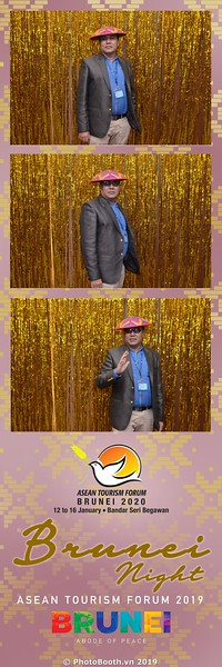 Asian-Tourism-Forum-2019-Brunei-Night-instant-print-photobooth-in-Ha-Long-Bay-Quang-Ninh-chup-anh-in-hinh-lay-lien-su-kien-Vinh-Ha-Long-Quang-Ninh-WefieBox-Photobooth-Vietnam-07
