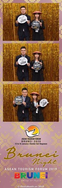 Asian-Tourism-Forum-2019-Brunei-Night-instant-print-photobooth-in-Ha-Long-Bay-Quang-Ninh-chup-anh-in-hinh-lay-lien-su-kien-Vinh-Ha-Long-Quang-Ninh-WefieBox-Photobooth-Vietnam-26