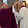 Fr. Tom, former SHSST president-rector, receives the ashes