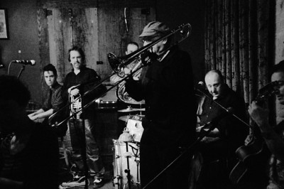 Firecracker Jazz Band : Live at Jack of the Wood