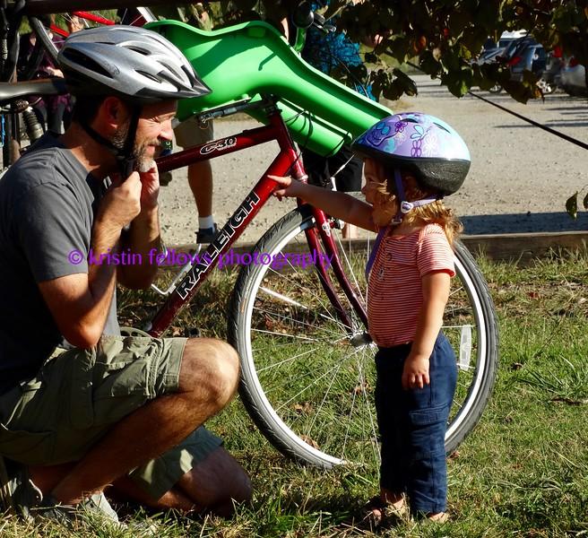 wear your helmet, daddy!
