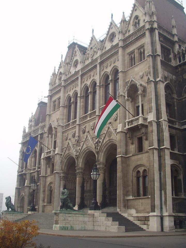 parliament01.jpg