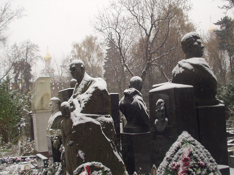 graveyard03.jpg