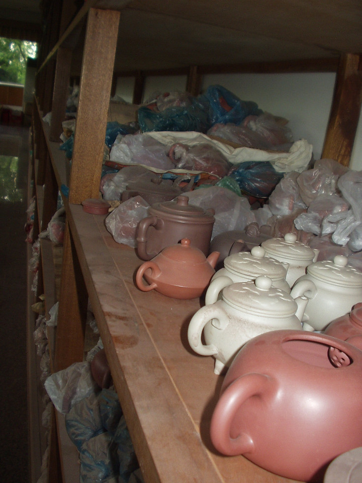 teapots01.jpg