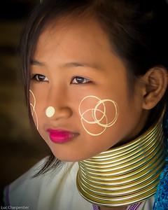 Young Karen Long neck girl