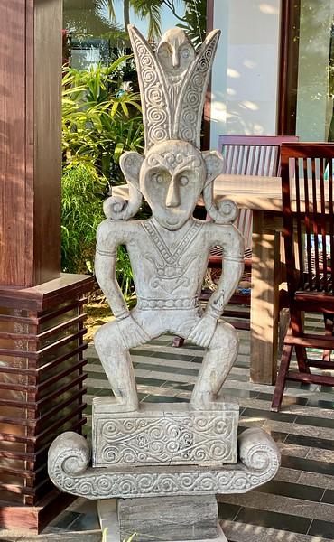 Villa Markisa, stone carving