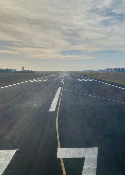 Turning onto the takeoff runway