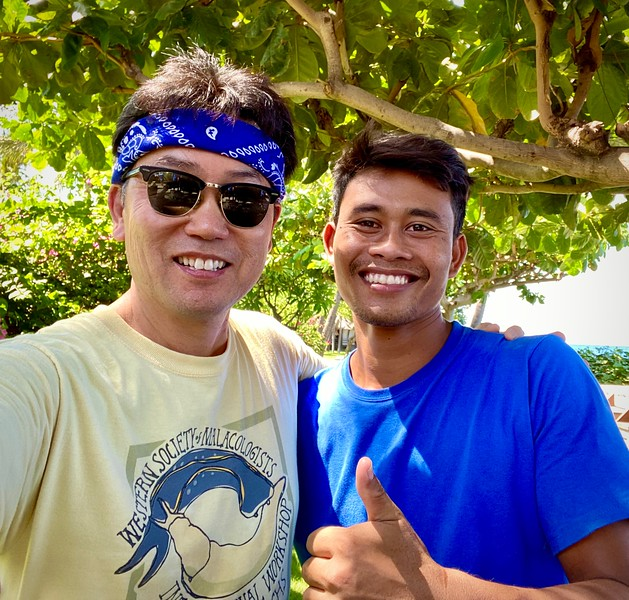 With Budi, dive guide and nudie spotter extraordinaire