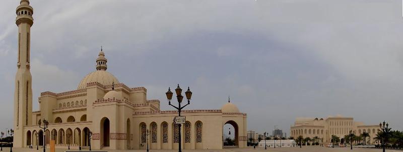 A panorama of Al Fateh Mosque in Bahrain.