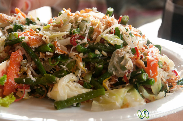 Sayur Urab (Mixed Vegetables) - Bali, Indonesia
