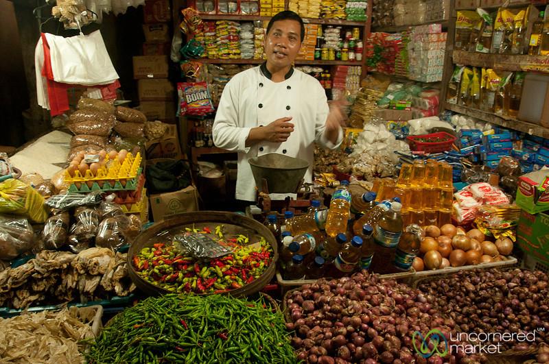 Balinese Food Lesson at Ubud Market - Bali, Indonesia