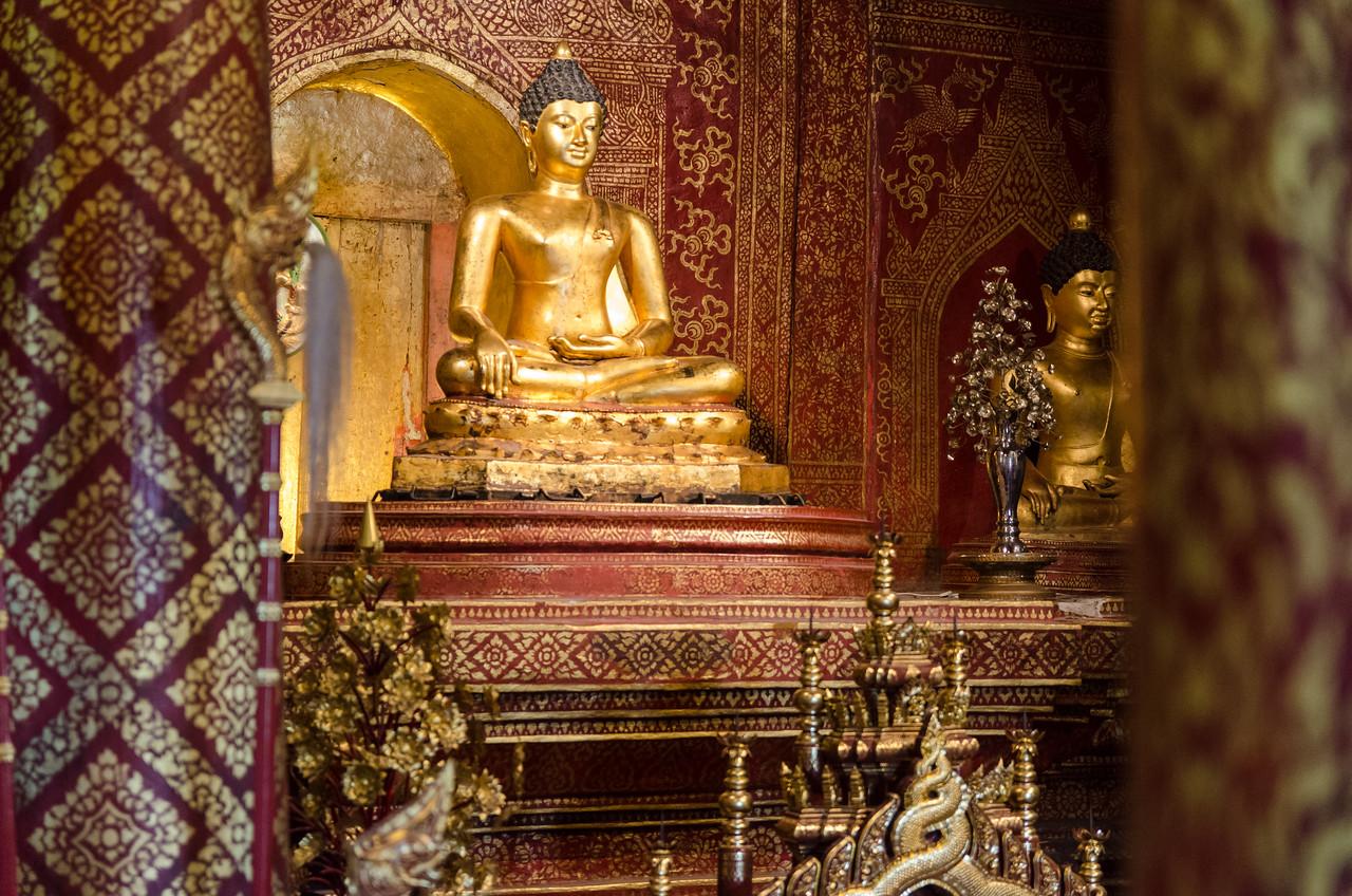 Seated Buddha inside Virhan Lai Kham.