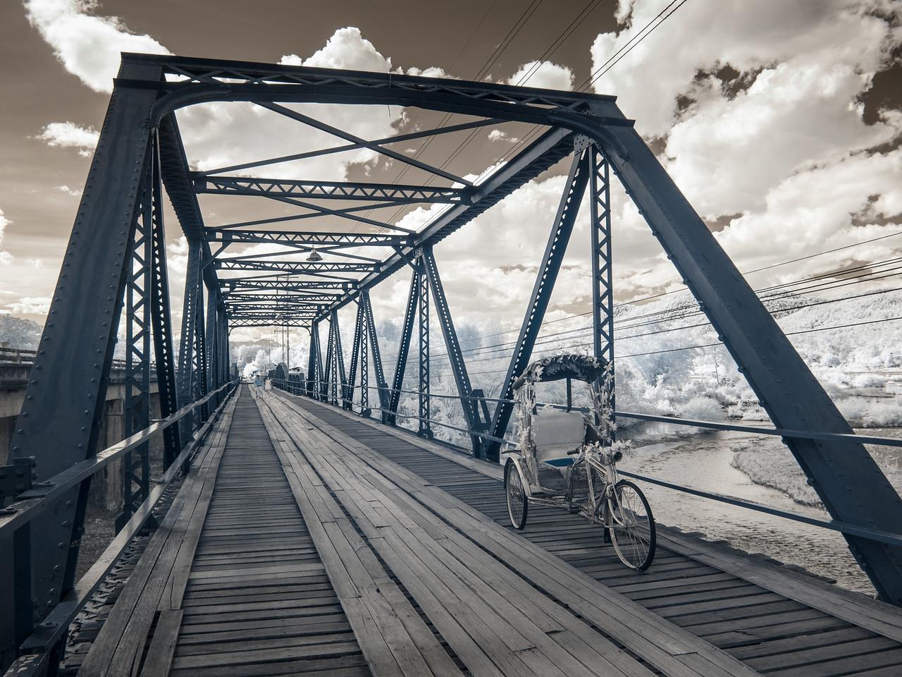 Ta-Pai bridge, infrared.