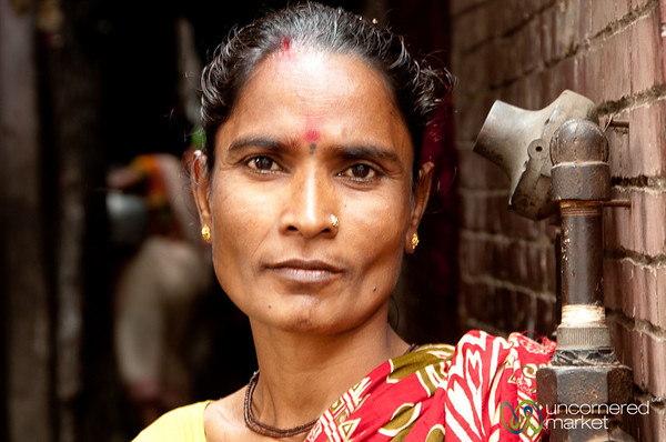 Hindu Woman in Old Dhaka - Bangladesh